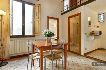 places to stay in florence italy: Stunning 2 bedroom Apartment in Florence