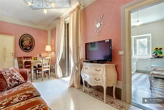 firenze camere: Superb 5 bedroom Apartment in Florence